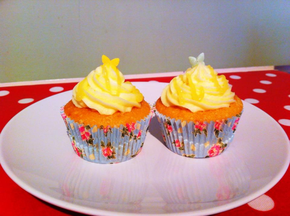 Lemoncurd Icing Lemon Drizzle Cake